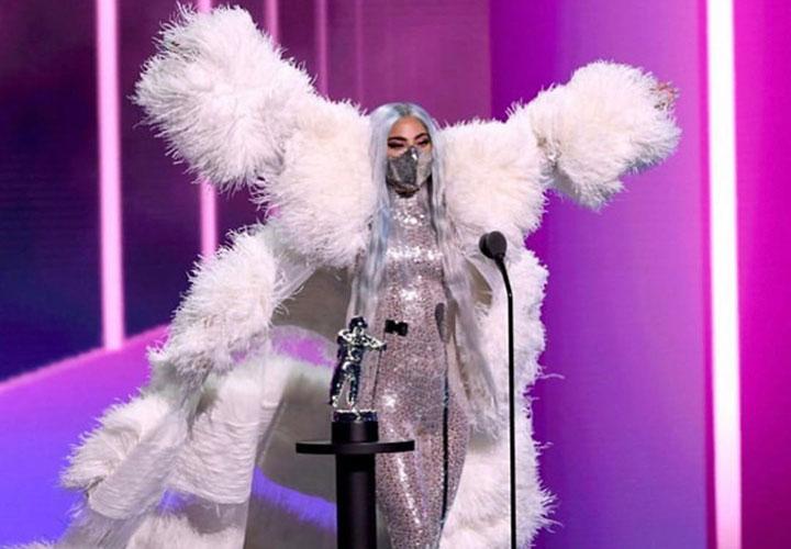 Lady Gaga Kenakan Masker Kreasi Desainer Indonesia di VMA 2020