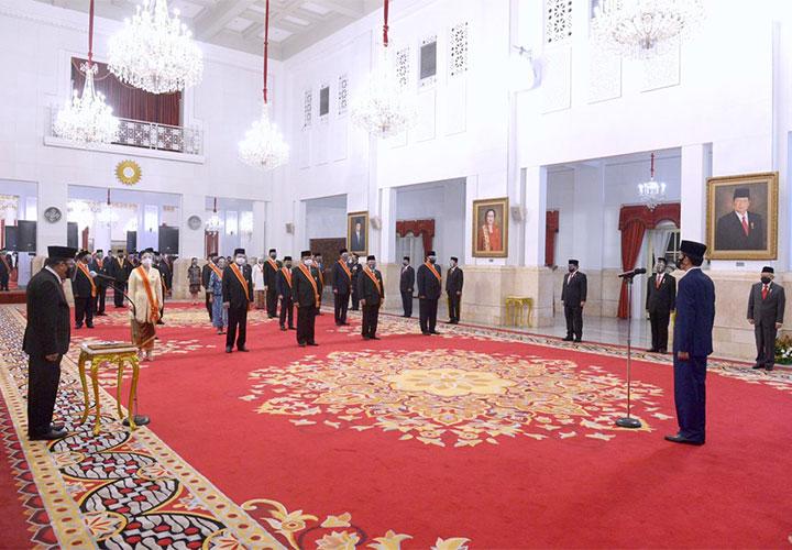 Puan Maharani Terima Tanda Kehormatan dari Jokowi, Anggap Sebagai Amanah dan Penambah Semangat
