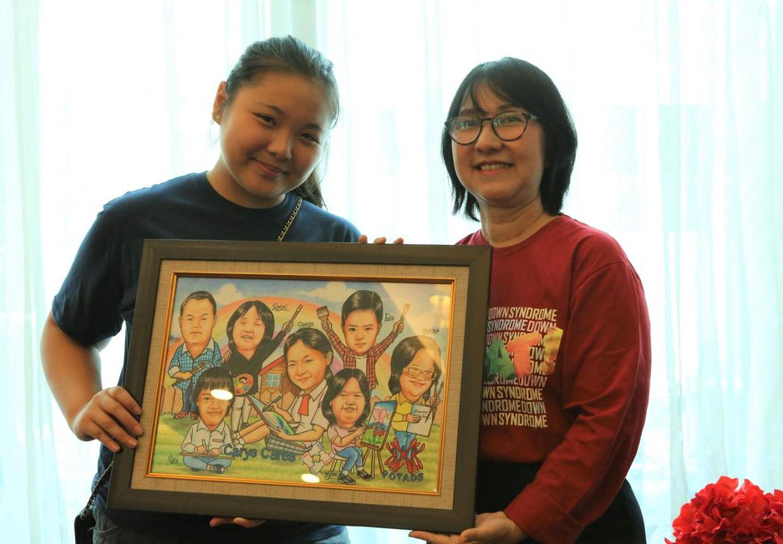 Remaja 16 Tahun Diganjar APEC Best Award 2020