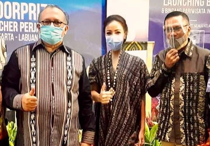 Pesona Kain Nusa Tenggara Timur, Sarat Makna Kehidupan